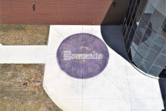 The Bomanite Alloy Exposed Aggregate System was used here to create a highly durable concrete paving surface that is perfect for light to moderate duty vehicular traffic and foot traffic and provides increased surface and slip resistance.
