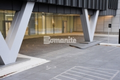 The 2018 Best Bomanite Exposed Aggregate System Silver Award was presented to our colleague, Colorado Hardscapes, for their precise and technical installation of Bomanite Sandscape Refined decorative concrete to create this porte-cochere at the 50 Fifty DTC office tower.