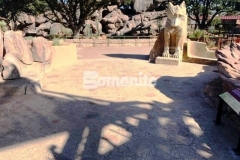 The real world habitat of the Chihuahuan Desert was simulated at the El Paso Zoo by installing Bomanite Bomacron Garden Stone imprinted concrete with a natural English slate texture and by varying the stone sizes, a realistic replication of boulders and small pebbles from the desert rock riverbed landscape was created.